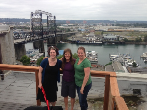 Rooftop brunch with Greta and Lynette!